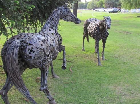 horse polo statue buenos aires